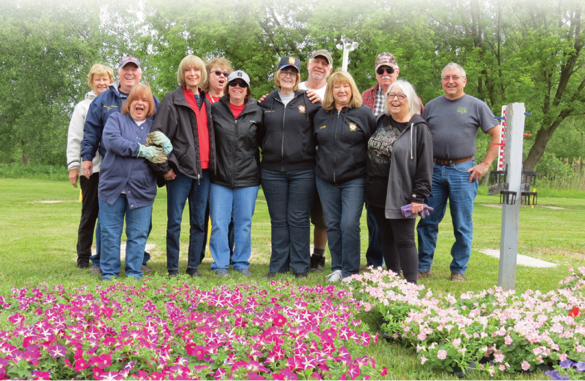 Suntory Flowers and Barone Gardens donated 500 Surfinia petunia plants to American Legion Post 787 in Cicero, NY.